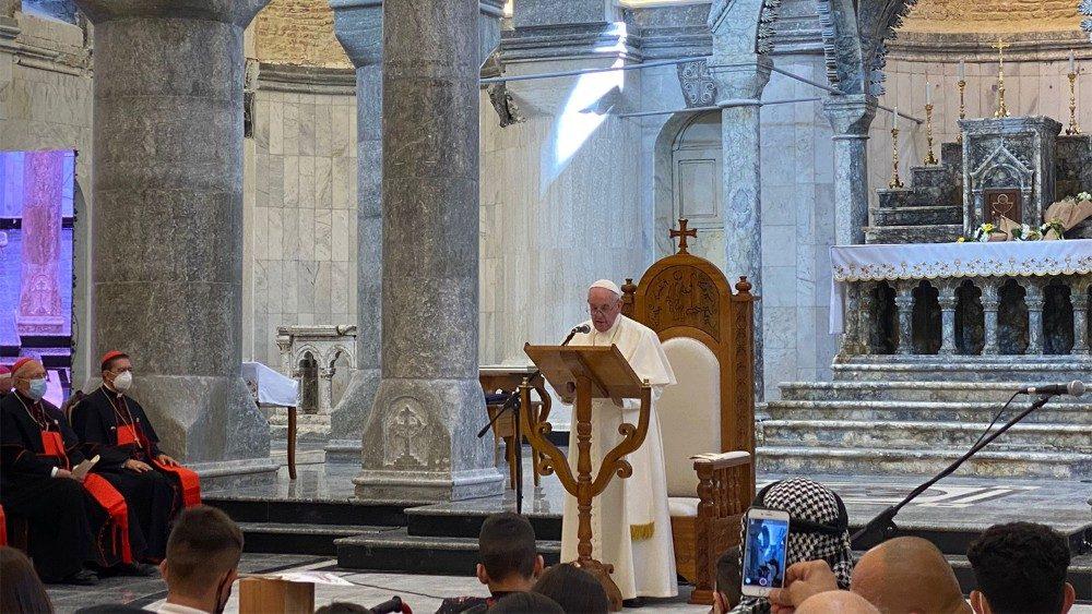 Le Pape dans la cathédrale de l'Immaculée Conception de Qaraqosh