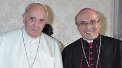 Pope Francis with Archbishop Leopoldo Girelli