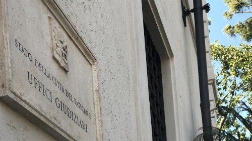 Documentos y testimonios contenidos en la solicitud de apertura del juicio