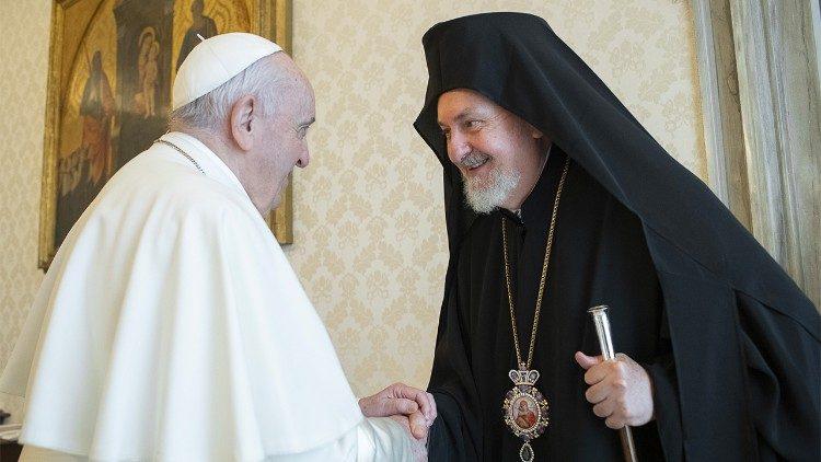 Papa: Uklonimo stare predrasude i nadvladajmo štetno rivalstvo - Vatican  News