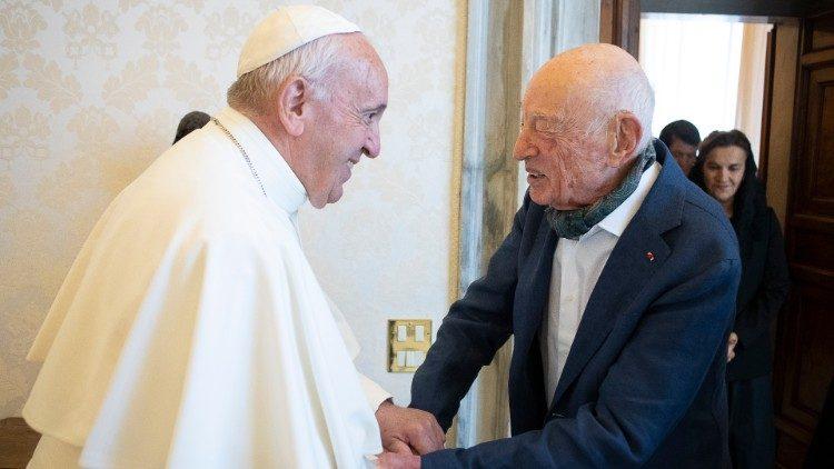 Le Pape François et Edgar Morin, reçu en audience le 27 juin 2019.