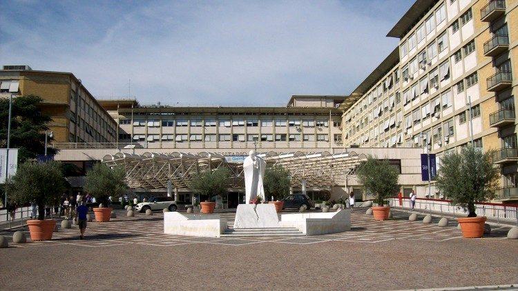 "Policlinica Universitară ""Agostino Gemelli"" din Roma."