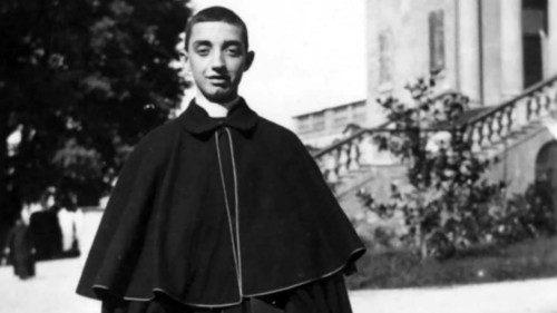 """Francisco: padre Fornasini, el """"párroco celante de la caridad"""""""