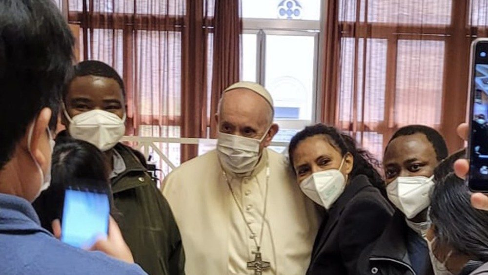 Pope Francis visits with vaccinated in the Paul VI Hall