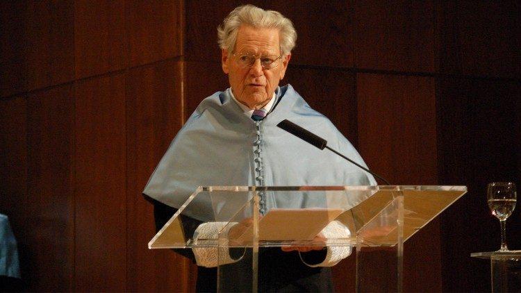 O teólogo suíço Hans Küng