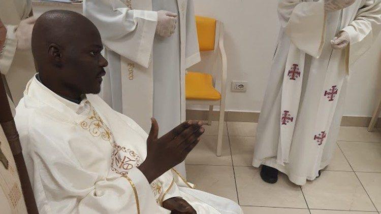 Thánh lễ phong chức linh mục cảm động cho cha Livinius Esomchi Nnamani