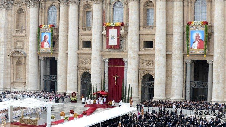 Lễ tuyên phong hiển thánh cho hai Giáo hoàng Gioan XXIII và Gioan Phaolô II
