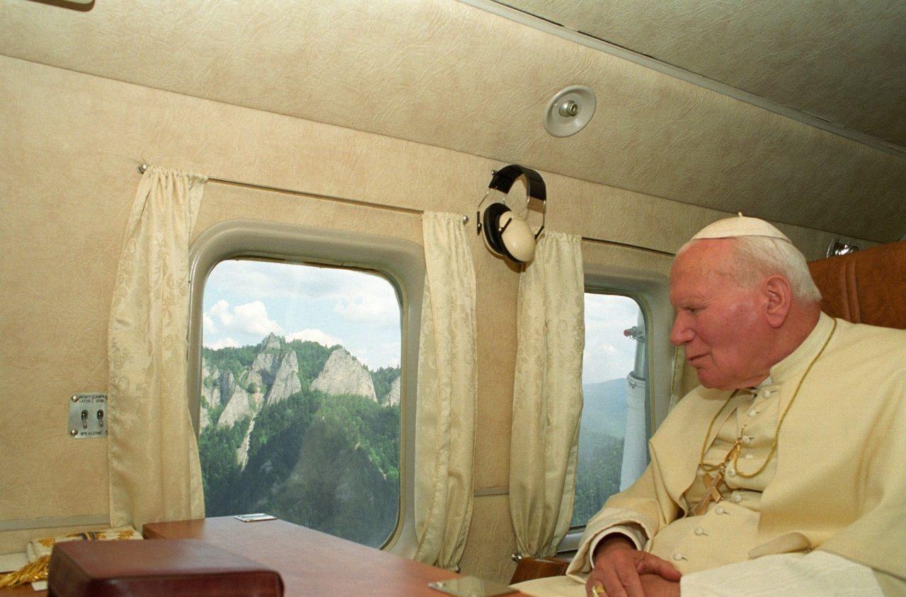 Polonia,vescovi: lettera per il centenario della nascita di Giovanni Paolo II